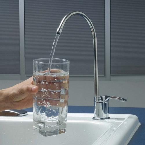 Boire l'eau adoucie, quels risques pour la santé ?